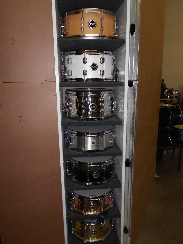 Sweet snare shelf