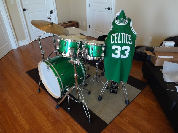 I'm a Celtics fan. I make no apologies for including this picture.