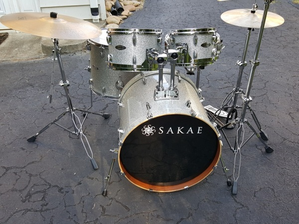 kit-front